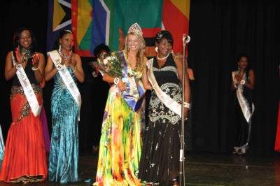 MissCommonwealth International 2010 139