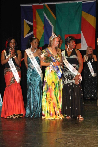 MissCommonwealth International 2010 143