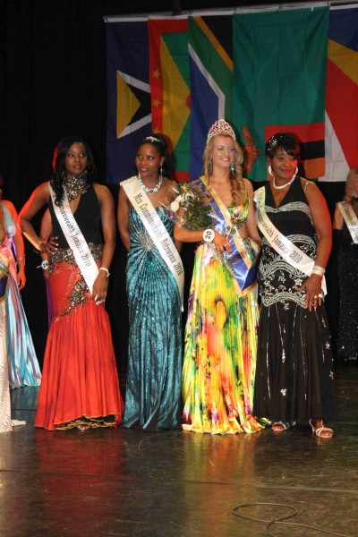 MissCommonwealth International 2010 144