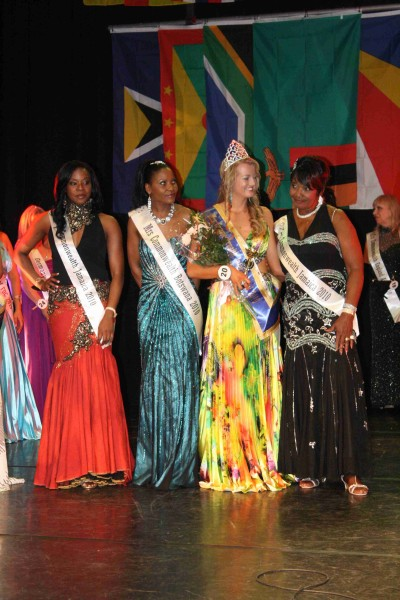 MissCommonwealth International 2010 145